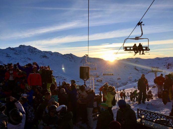 Sunset over La Folie Douce