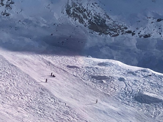 Een ski ongeluk zit in een klein hoekje!
