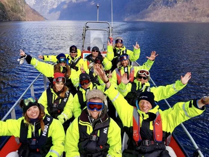 Kleed je lekker warm aan en stap op de rib voor jouw Fjord Safari