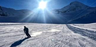 Skiën op de gletsjer in Saas-Fee