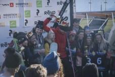 Alle medaillewinnaars op een podium (Foto: Joscha Kotlan)