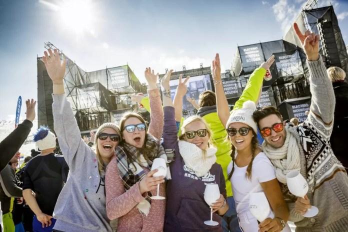 Happy with friends! Foto: Ötztal Tourismus, Rudi Wyhlidal