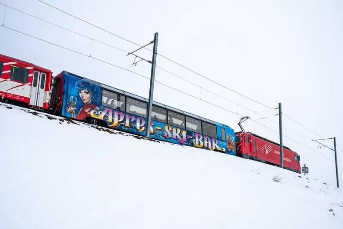 UItzicht vanuit het panoramarijtuig van de Après-skitrein. Foto: Switzerland Tourism