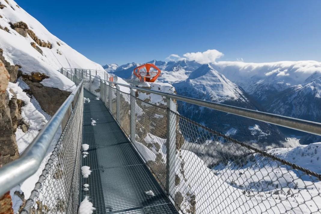 Wandel over de Felsenweg en geniet van het panoramisch uitzicht. (c) Gasteiner Bergbahnen AG