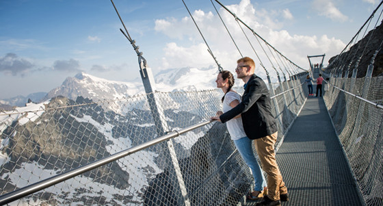 cliff-walk_titlis4