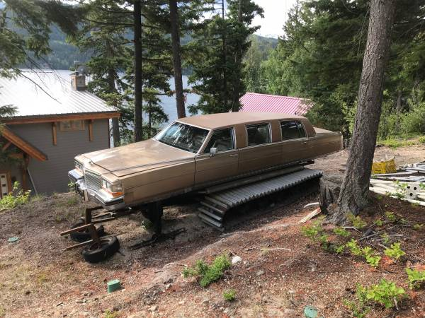 Stop what you're doing, a snow cat limo is on Craigslist - SnowsBest