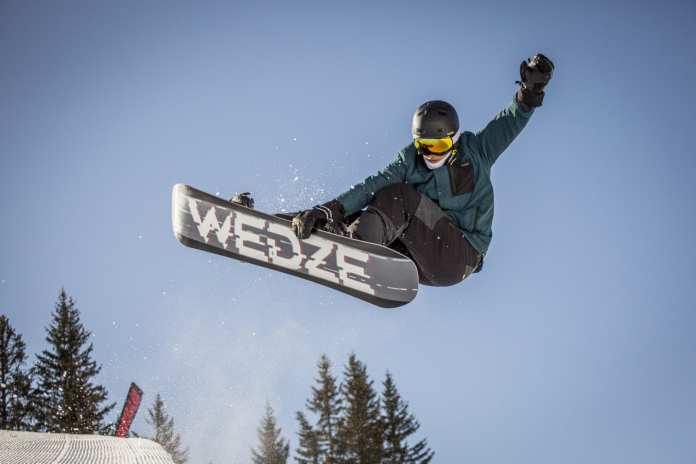 conquer the slopes category snowboard equipment