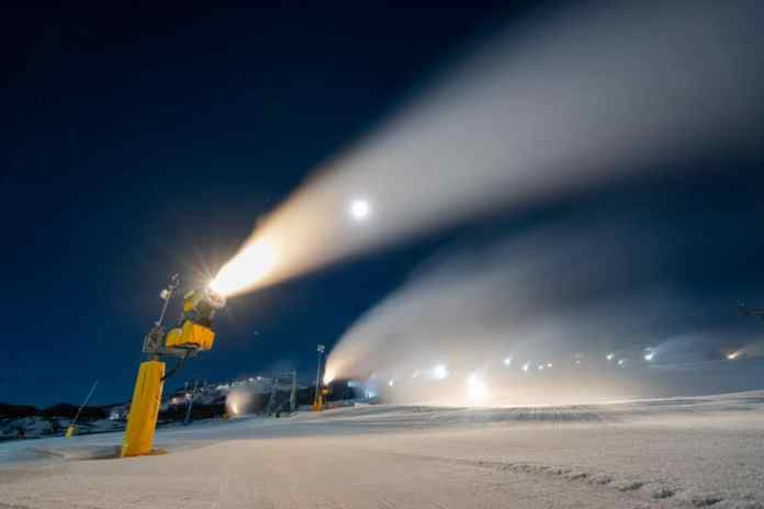 perisher snow making