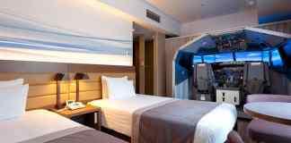 Flight Simulator hotel room