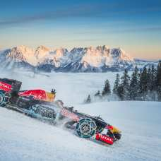 Max Verstappen performs during the F1 Showrun at the Hahnenkamm in Kitzbuehel, Austria on January 14, 2016. // Philip Platzer/Red Bull Content Pool