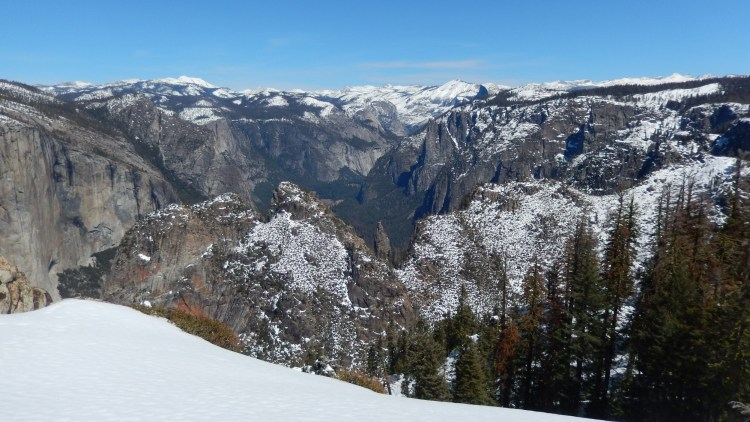 Yosemite Valley from Dewey Point, CA