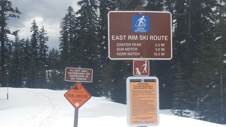 trail sign at East Rim Drive in Crater Lake National Park