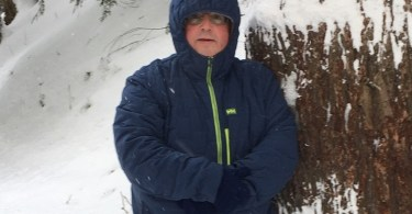 man wearing the Helly Hansen Stretch Insulator Jacket in cold weather
