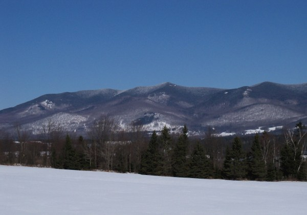 """""""White Mountains 50"""" by AlexiusHoratius - Own work. Licensed under Creative Commons Attribution"""