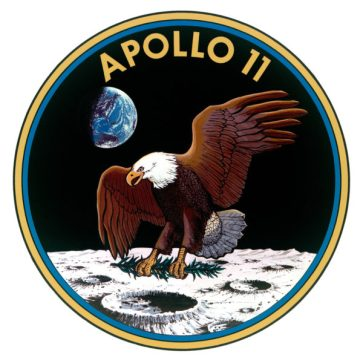 apollo 11 patch w eagle