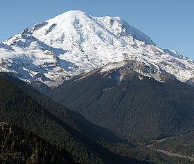 a72bd707b29651 Snowshoeing in Paradise: Mt. Rainier National Park • Snowshoe  MagazineSnowshoe Magazine
