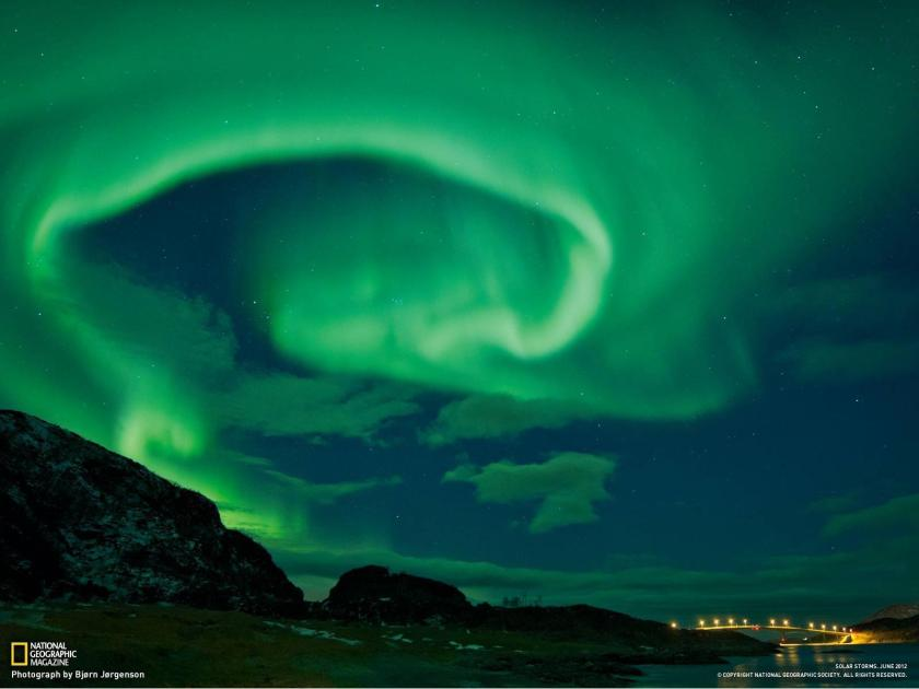 nature-night-aurora-borealis-norway-national-geographic-for-desktop