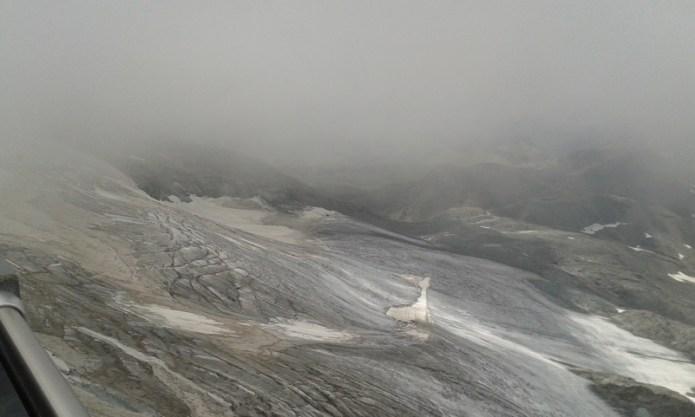 Sofferenza estiva del ghiacciaio di Valtournenche