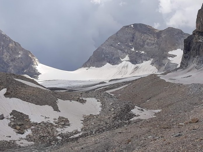 Nuvole nere sul ghiacciaio Tsanteleina -Rhemes