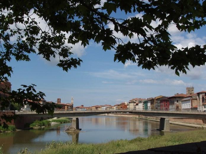 Il fiume Arno a Pisa