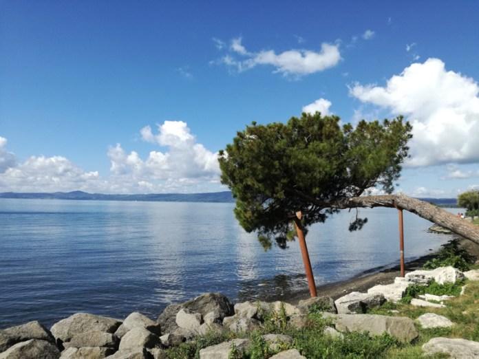 Pino Kengai sul Lago di Bolsena