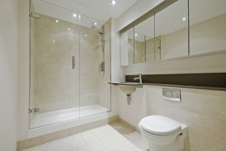 ideas for bathrooms with no windows