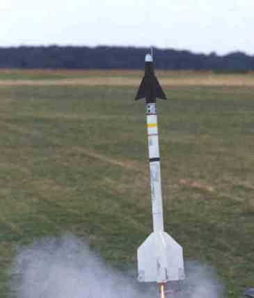 April_Launch_2000_25