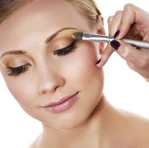 make-up-eye-shadow