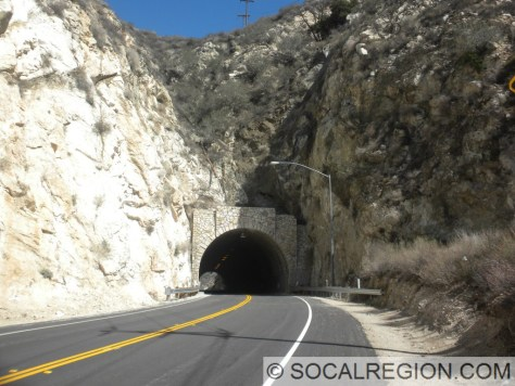 The tunnel. Built in 1938, it was rehabilitated in 1953.