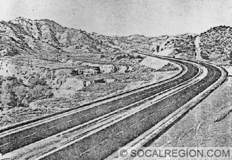 View of the new expressway in 1948 at Alamos Canyon.
