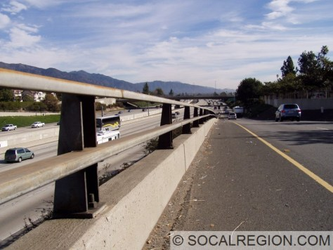 Onramp from Lake Ave in Pasadena with a nice section of 1970's railing.