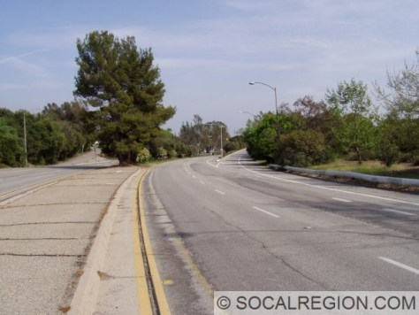 View of the freeway and the eastbound Arroyo Blvd exit.