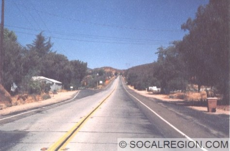 Northbound view of the 1933 concrete alignment that bypassed the Mint Canyon Road section.
