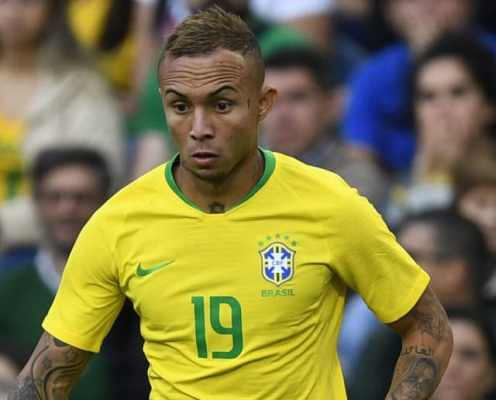 Arsenal 'Agree' €40m Deal for Gremio Star Everton With Medical Imminent