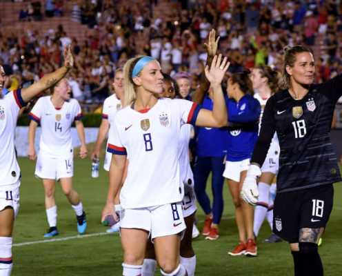 USNWT Continue to Show Strength With Convincing Win Over ROI in First Stop of Victory Tour