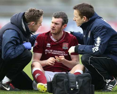 Football Tipped to Introduce Overdue Concussion Protocol With 10-Minute Subs