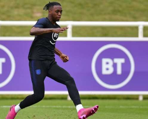 Aaron Wan-Bissaka Pulls Out of England Squad With Back Injury Ahead of Euro 2020 Qualifiers