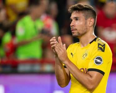 Raphael Guerreiro Signs New Four-Year Deal With Borussia Dortmund