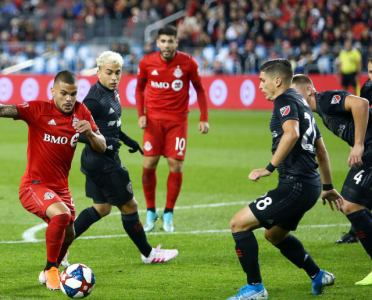 MLS Playoffs Roundup: Rooney Endures Dismal Send Off & Seattle Sounders Sneak Through