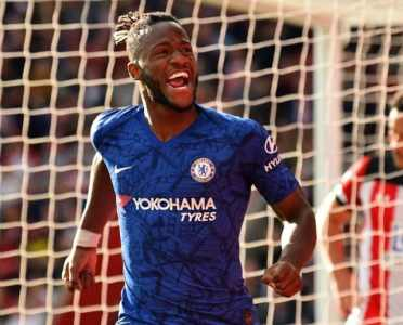Crystal Palace to Reignite Interest in January Move for Chelsea's Michy Batshuayi