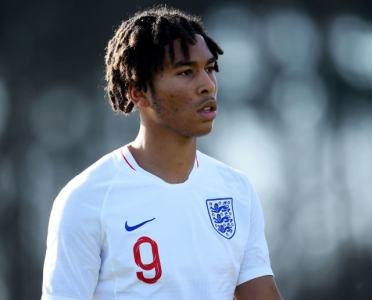 5 Things to Know About Reading Star & Man Utd Target Danny Loader
