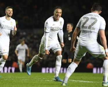 Marcelo Bielsa Praises Leeds' Squad After Middlesbrough Demolition Sends Whites Top of Championship