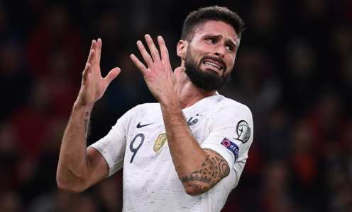 Olivier Giroud Stalls on Lazio's Contract Offer After Interest From Tottenham