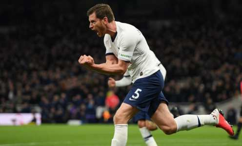 Jan Vertonghen Admits He's Weighing Up Pros & Cons of Signing New Spurs Deal