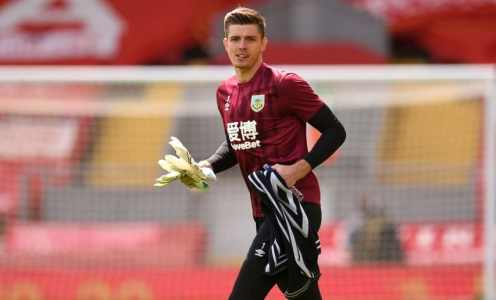 Chelsea Continuing to Scout Nick Pope as Search for New Goalkeeper Ramps Up