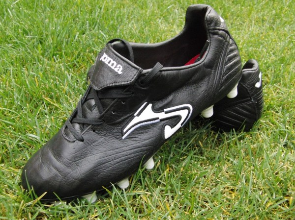 Joma Total Fit football boot