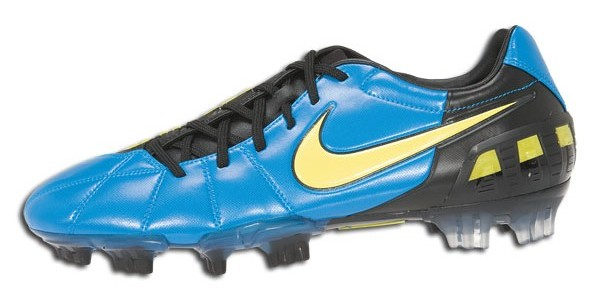 I can just imagine how colorful these would be with the Nike Red laces! Can  you say rainbow? Nike T90 Laser ...