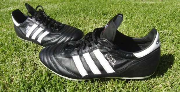 Copa Mundial Soccer Cleat