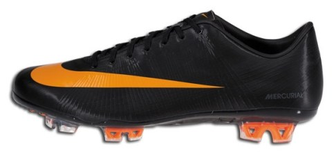 Nike Superfly II in Black orange