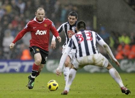 Wayne Rooney in Black T90 Laser III